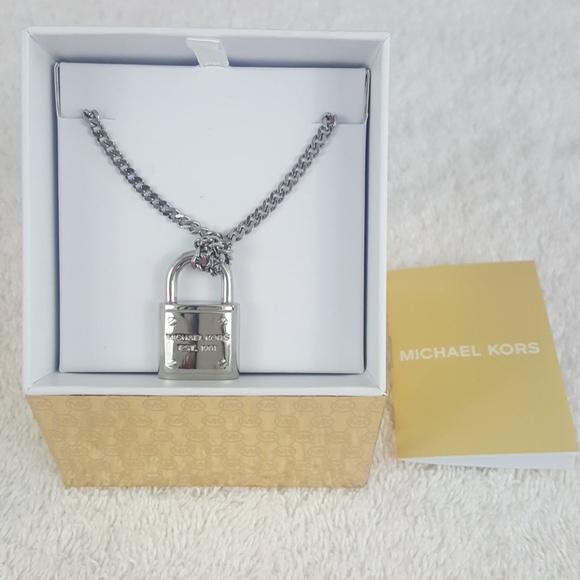4de65daa2bc89 New Michael Kors Silver Padlock Charm Necklace